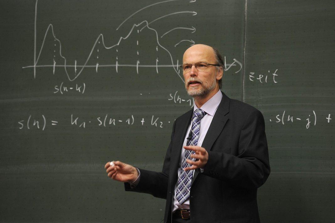 Professor anschreiben