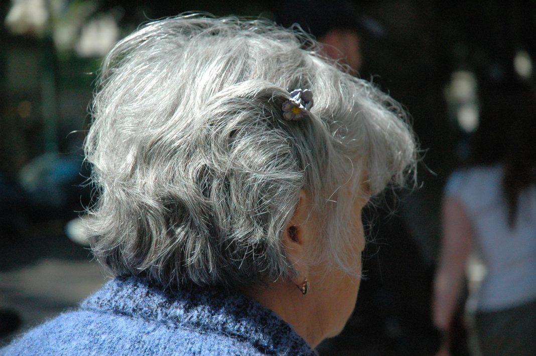 Graues Haar mit 40